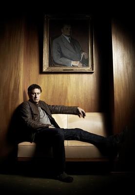 Michael Nyqvist in un'immagine promozionale del film La regina dei castelli di carta
