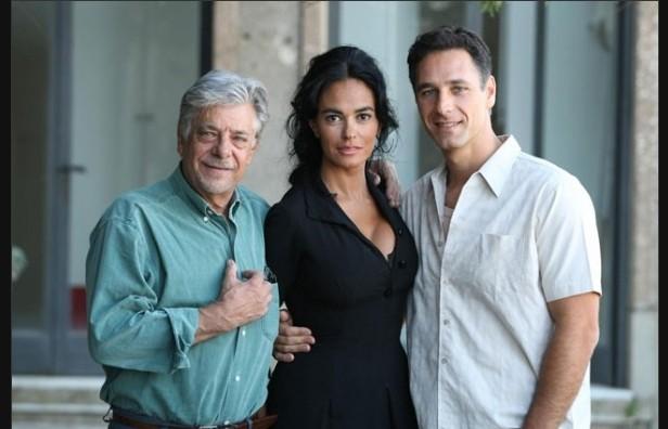 Raoul Bova e Maria Grazia Cucinotta con Giancarlo Giannini, nel cast de La bella società