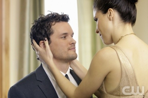 Brooke (Sophia Bush) e Julian (Austin Nichols) nell'episodio Almost Everything I Wish I'd Said the Last Time I Saw You