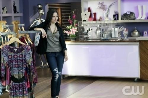 Brooke (Sophia Bush) in una scena dell'episodio What's In The Ground Belongs To You di One Tree Hill