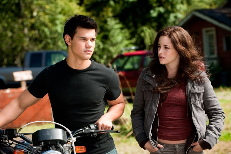 Una nuova immagine di Taylor Lautner e Kristen Stewart tratta dal film The Twilight Saga: Eclipse