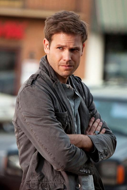 Alaric Saltzman (Matt Davis) in un momento dell'episodio Isobel di The Vampire Diaries