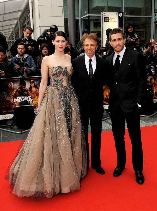 Jake Gyllenhaal e Gemma Arterton insieme al produttore Jerry Bruckheimer alla premiere mondiale di Prince of Persia: Le Sabbie del Tempo