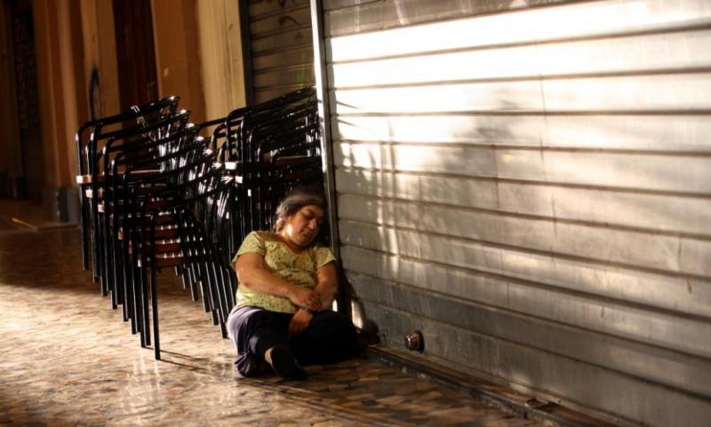 Serra Yilmaz nel film Scontro di civiltà per un ascensore a Piazza Vittorio