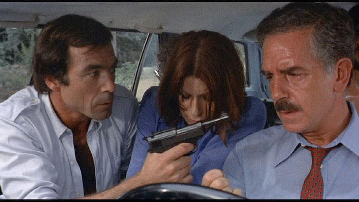 Maurice Poli con Lea Lander e Riccardo Cucciola in una scena di Semaforo rosso (Cani arrabbiati) di M. Bava