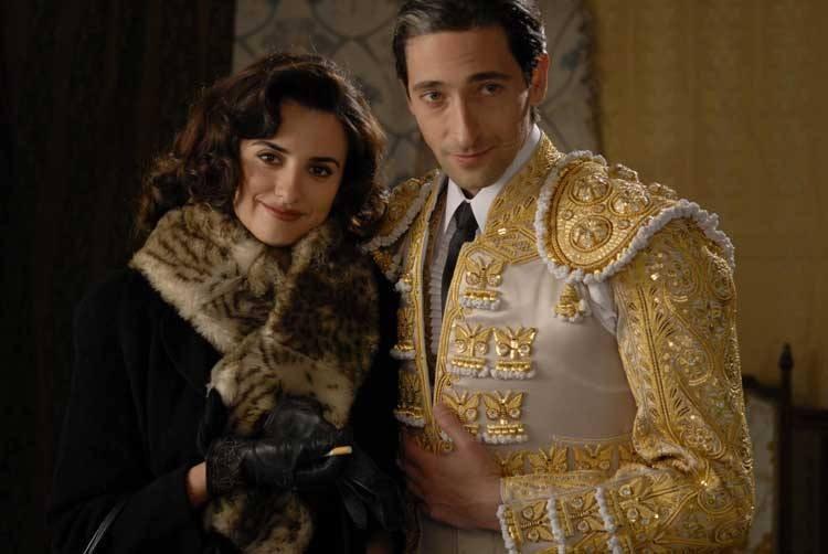 Penelope Cruz e Adrien Brody nel film Manolete - Fra mito e passione