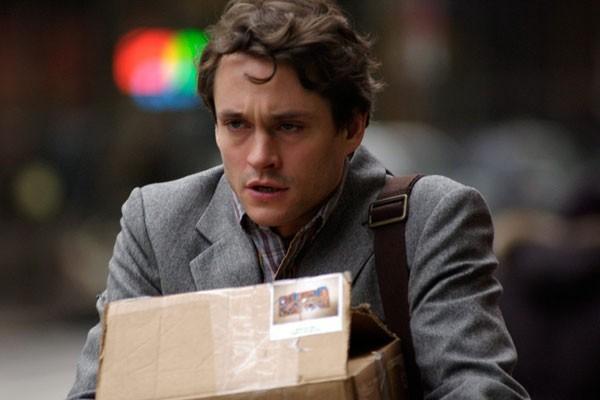 Un'immagine di Hugh Dancy dal film Adam