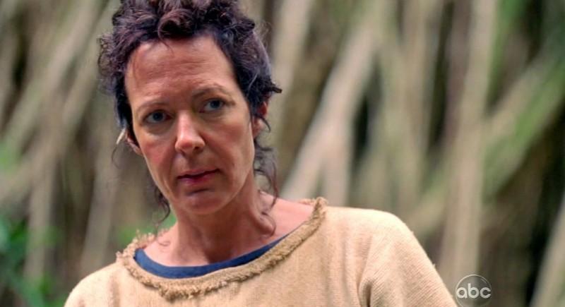 Allison Janney in una scena di Attraverso il mare, dalla sesta stagione di Lost