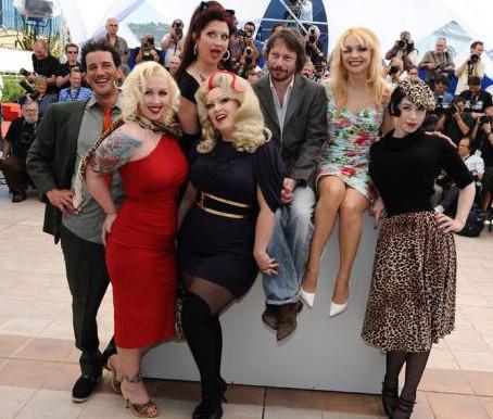 Cannes 2010: Mathieu Amalric presenta Tournee con le star del suo film