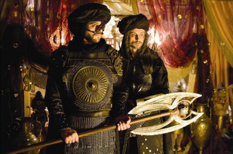 Domonkos Pardanyi e Claudio Pacifico nel film Prince of Persia: Le sabbie del tempo