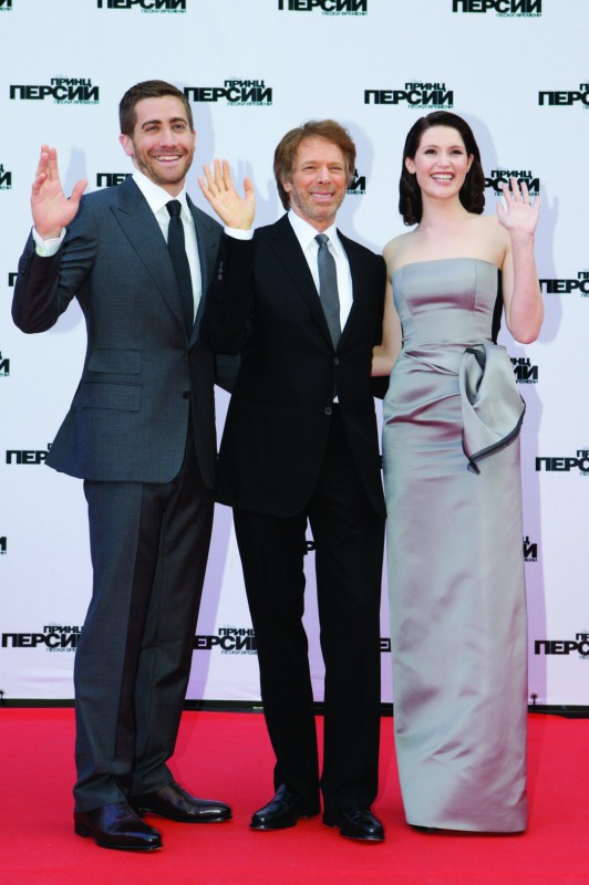 Jake Gyllenhaal, Jerry Bruckheimer e Gemma Arterton sul red carpet di Prince of Persia: Le Sabbie del Tempo a Mosca