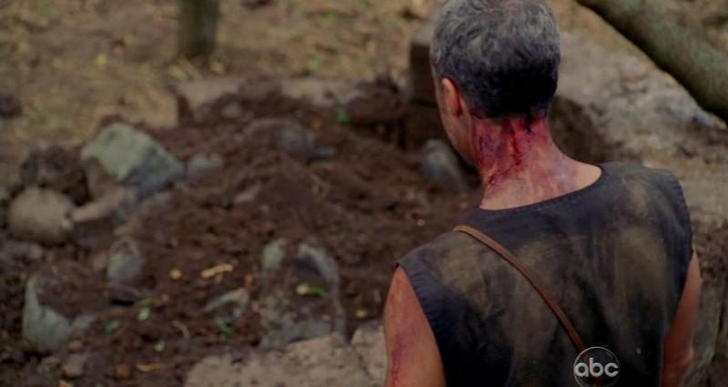 Titus Welliver in una scena di Attraverso il mare tratta dalla sesta stagione di Lost