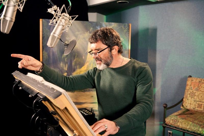 Antonio Banderas doppia il Gatto con gli Stivali nel film Shrek e vissero felici e contenti