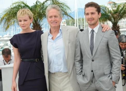 Cannes 2010: Carey Mulligan presenta Wall Street: il denaro non dorme mai con Michael Douglas e Shia LaBeouf