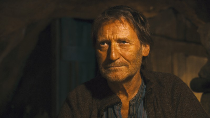 Matthias Habich in una scena del film Chaotica Ana