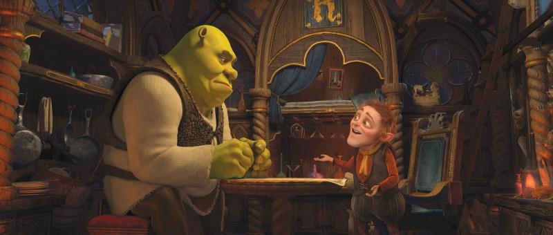 Shrek e il nano Tremotino in una scena del film Shrek e vissero felici e contenti