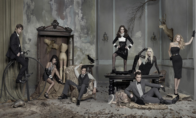 Un wallpaper del cast principale in versione sexy per la stagione 3 di Gossip Girl