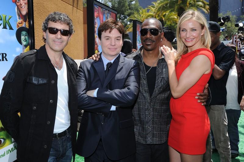 Antonio Banderas, Mike Myers, Eddie Murphy e Cameron Diaz alla premiere di Los Angeles del film Shrek e vissero felici e contenti