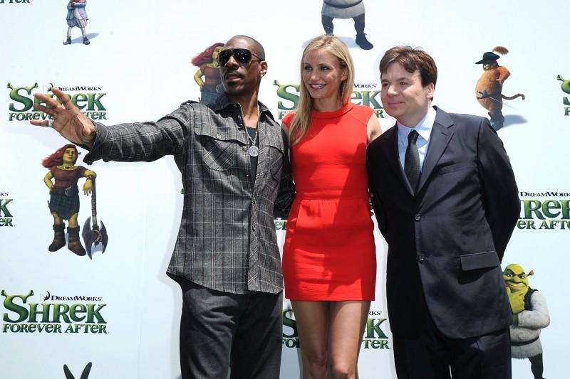 Eddie Murphy, Cameron Diaz e Mike Myers alla premiere di Los Angeles del film Shrek e vissero felici e contenti