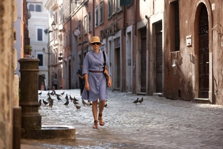 Julia Roberts è Elizabeth Gilbert nel film Mangia, prega, ama