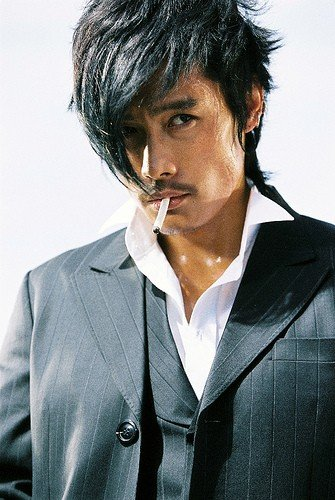 Lee Byung-Hun nel film The Good, the Bad, the Weird