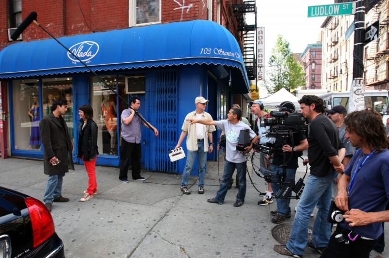 Nicolas Cazalé in un'immagine dal set del film Chaotica Ana