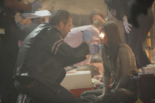 Hugh Laurie in una scena di Help Me, dalla sesta stagione di Dr. House: Medical Division