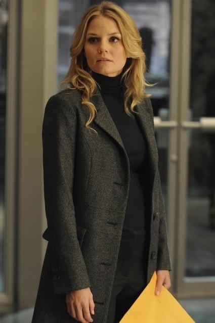 Jennifer Morrison in una scena di Lockdown dalla sesta stagione di Dr. House: Medical Division