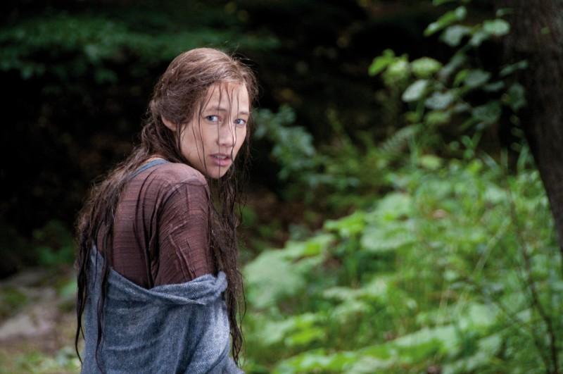 Johanna Wokalek in una sequenza del film La Papessa