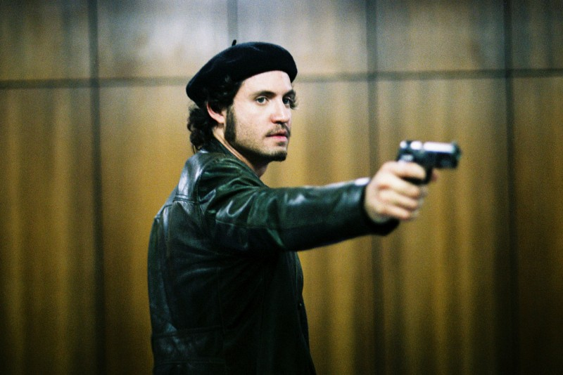 Una scena del film Carlos di Olivier Assayas.