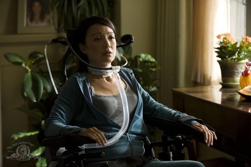 Camille (Ming-Na) nell'episodio Sabotage di Stargate Universe