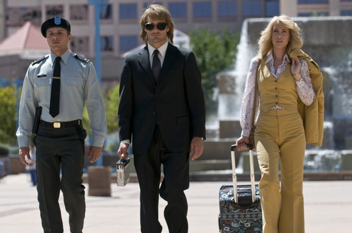 Ryan Phillippe, Will Forte e Kristen Wiig in una scena del film MacGruber