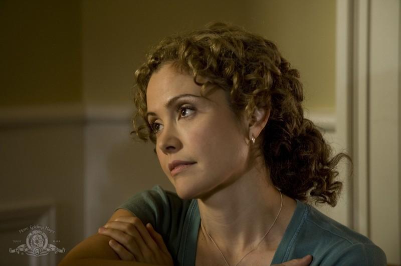 Sharon (Reiko Aylesworth) nell'episodio Sabotage di Stargate Universe