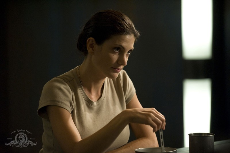 Vanessa James (Julia Anderson) in una scena dell'episodio Sabotage di Stargate Universe