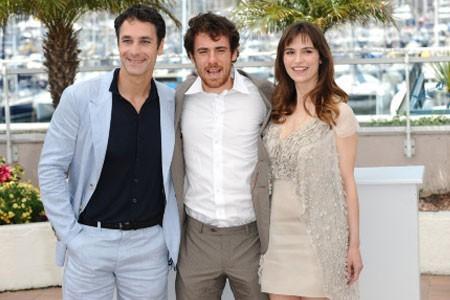 Elio Germano con Stefania Montorsi e Raoul Bova a Cannes per presentare La nostra vita