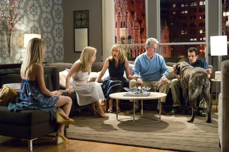 Jay Baruchel, Alice Eve e Kim Shaw in una scena del film Lei è troppo per me