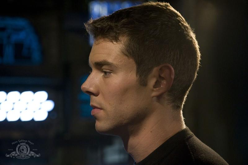 U'immagine di profilo di Brian J. Smith nella puntata Pain di Stargate Universe
