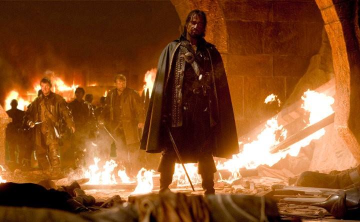 James Purefoy in una sequenza del film Solomon Kane