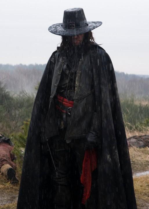 Un'immagine del capitano Kane (James Purefoy), protagonista del film Solomon Kane