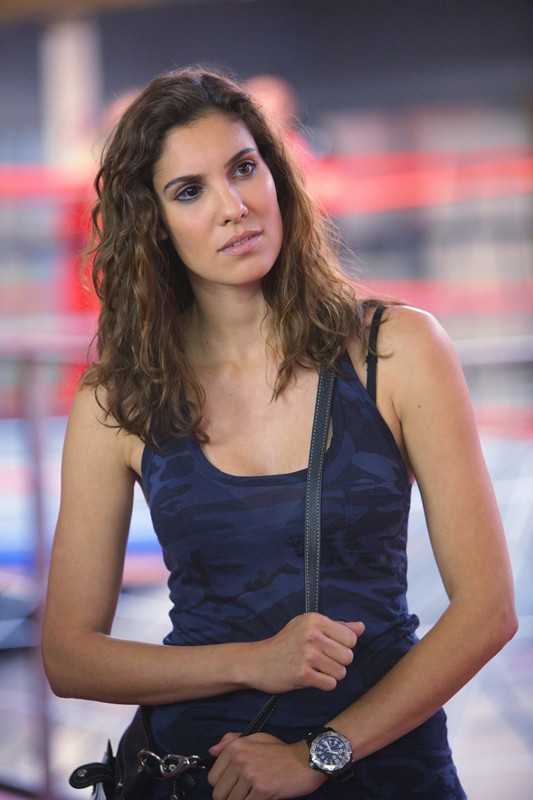Daniela Ruah nell'episodio Hand-to-Hand di NCIS: Los Angeles