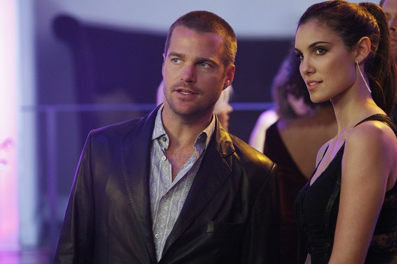 G (Chris O'Donnell) e Kensi (Daniela Ruah) in una sequenza di: Fame di NCIS: Los Angeles