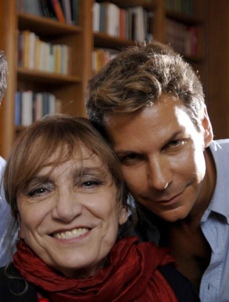 Piera Degli Esposti con il regista Marco Filiberti sul set del film Il compleanno