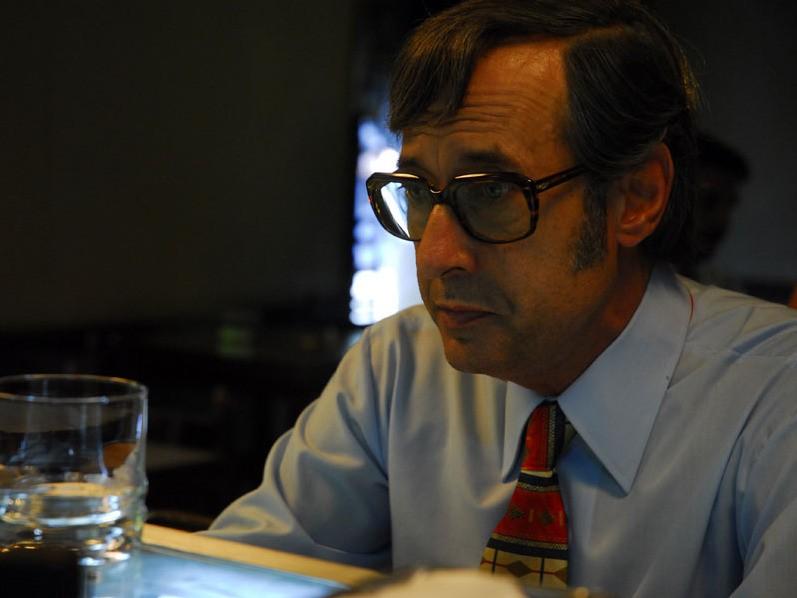 Primo piano di Guillermo Francella dal film Il segreto dei suoi occhi