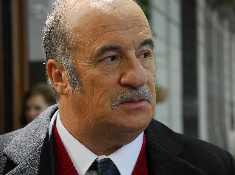 Primo piano di José Luis Gioia dal film Il segreto dei suoi occhi