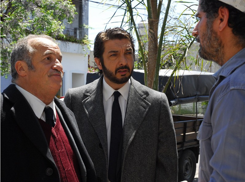 Ricardo Darín e José Luis Gioia in una scena del film Il segreto dei suoi occhi