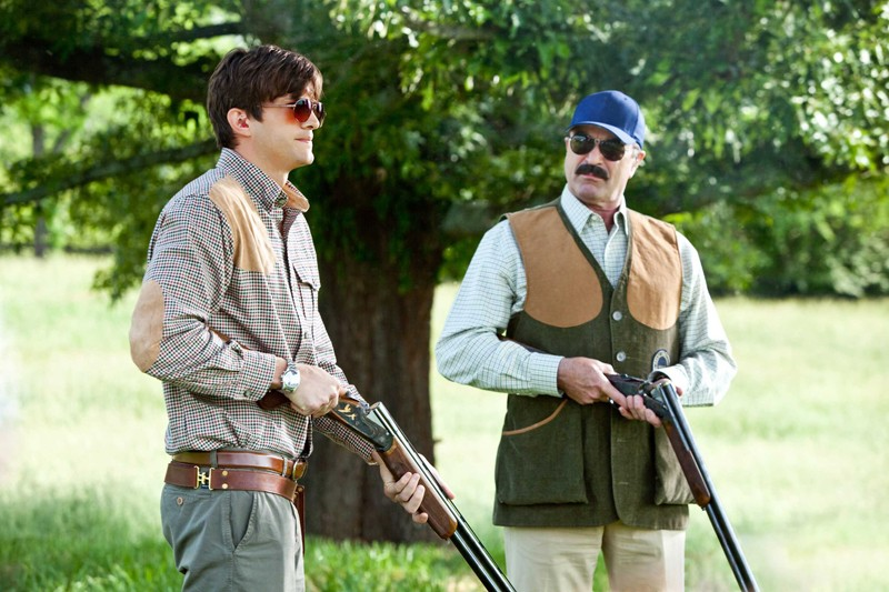 Spencer Aimes (Ashton Kutcher) e Mr. Kornfeldt (Tom Selleck) nel film Killers