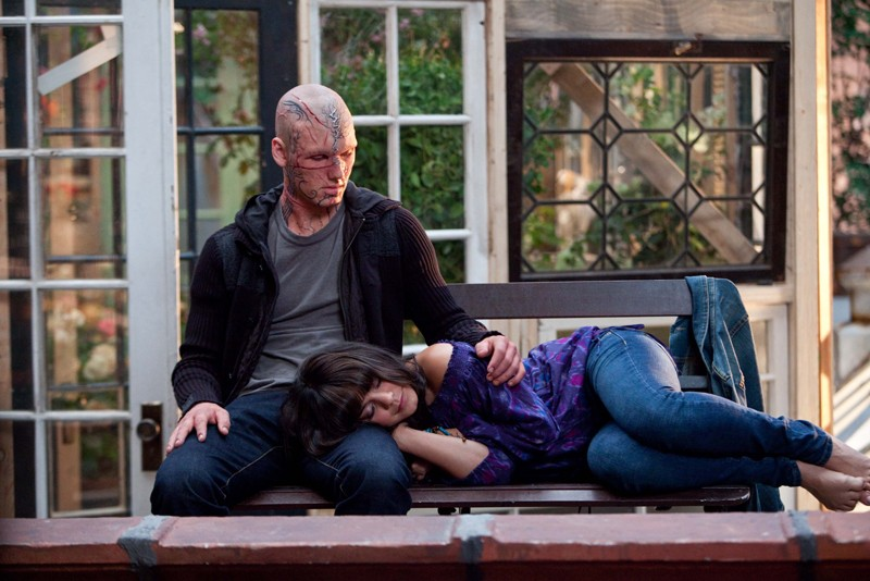 Una tenera sequenza con Alex Pettyfer e Vanessa Hudgens nel film Beastly