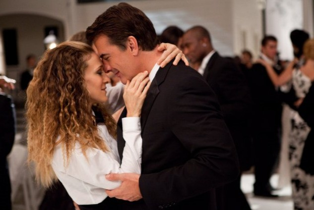 Carrie (Sarah Jessica Parker) e il suo agognato Mr. Big (Chris Noth) nel film Sex and the City 2
