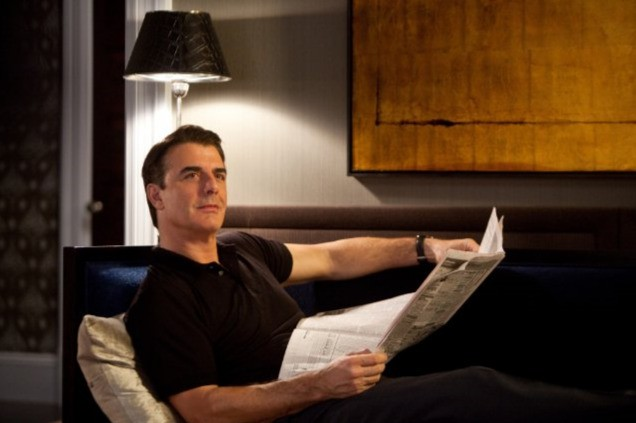 Chris Noth in una scena della commedia Sex and the City 2