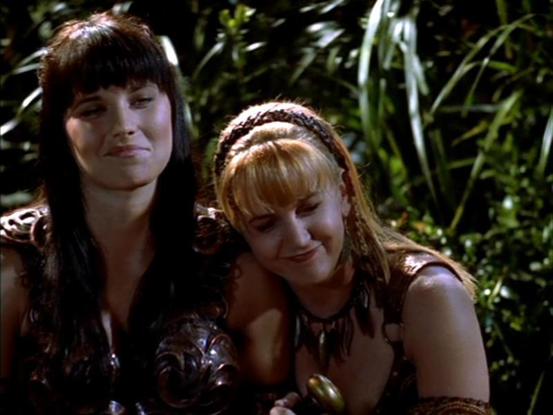 Lucy Lawless e Renee O\'Connor in Xena alla ricerca dell\'Ambrosia